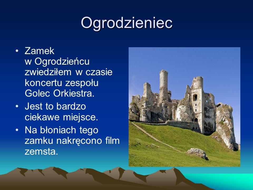 Ogrodzieniec Zamek w Ogrodzieńcu zwiedziłem w czasie koncertu zespołu Golec Orkiestra. Jest to bardzo ciekawe miejsce. Na błoniach tego zamku nakręcon