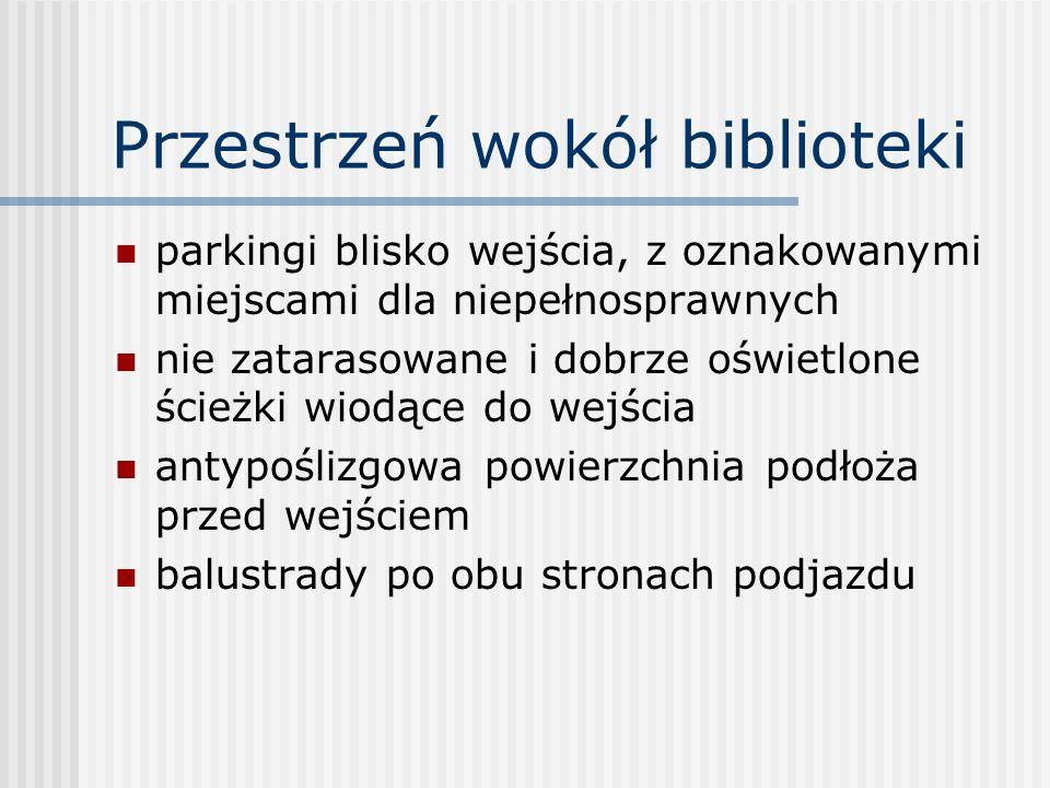 Szkolenie personelu powinno uwzględniać: - wiedzę z zakresu poszczególnych niepełnosprawności - spotkania z klientami niepełnosprawnymi by ci mogli się podzielić informacjami o swoich potrzebach bibliotecznych i informacyjnych - wiedzę z zakresu obsługi bibliotecznej osób niepełnosprawnych