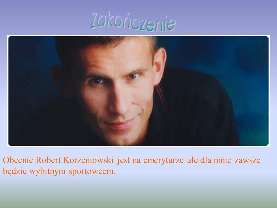 Robert Korzeniowski zdobywał medale, bił rekordy świata, a jednak postanowił oficjalnie zakończyć zawodniczą karierę startem w igrzyskach Ateny 2004.