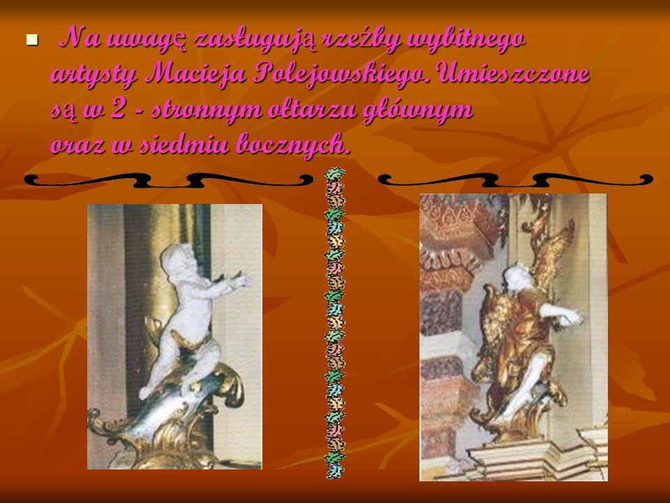 W ósmym ołtarzu znajduje si ę oryginalna rze ź ba (prawdopodobnie XVII - wieczna), przedstawiaj ą ca Chrystusa W ósmym ołtarzu znajduje si ę oryginalna rze ź ba (prawdopodobnie XVII - wieczna), przedstawiaj ą ca Chrystusa w Tłoczni Mistycznej.