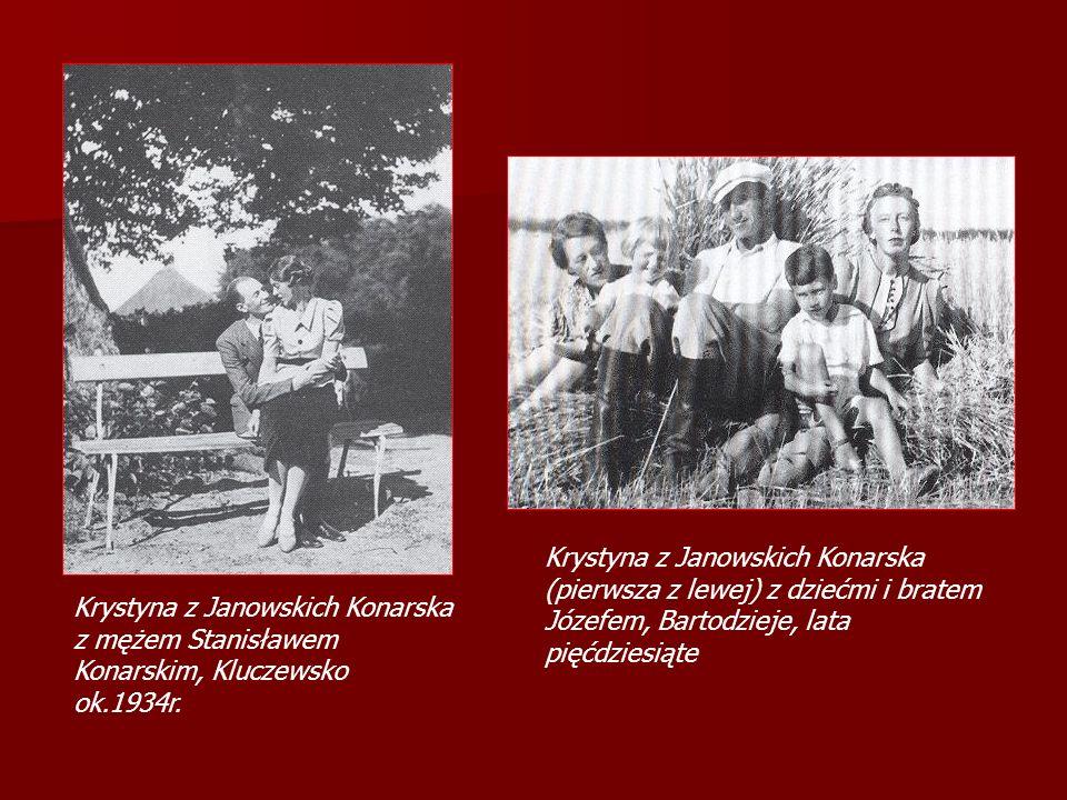 Krystyna z Janowskich Konarska z mężem Stanisławem Konarskim, Kluczewsko ok.1934r. Krystyna z Janowskich Konarska (pierwsza z lewej) z dziećmi i brate