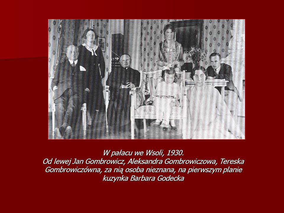 W pałacu we Wsoli, 1930. Od lewej Jan Gombrowicz, Aleksandra Gombrowiczowa, Tereska Gombrowiczówna, za nią osoba nieznana, na pierwszym planie kuzynka