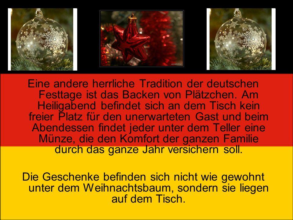 Eine andere herrliche Tradition der deutschen Festtage ist das Backen von Plätzchen. Am Heiligabend befindet sich an dem Tisch kein freier Platz für d