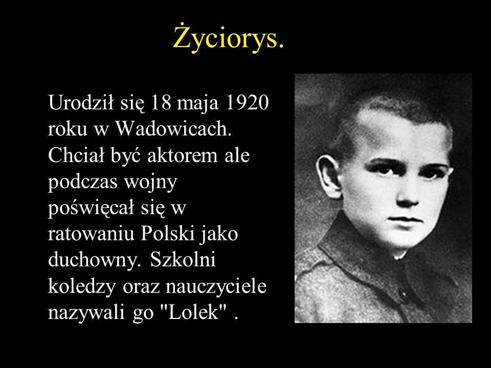 Życiorys.Urodził się 18 maja 1920 roku w Wadowicach.