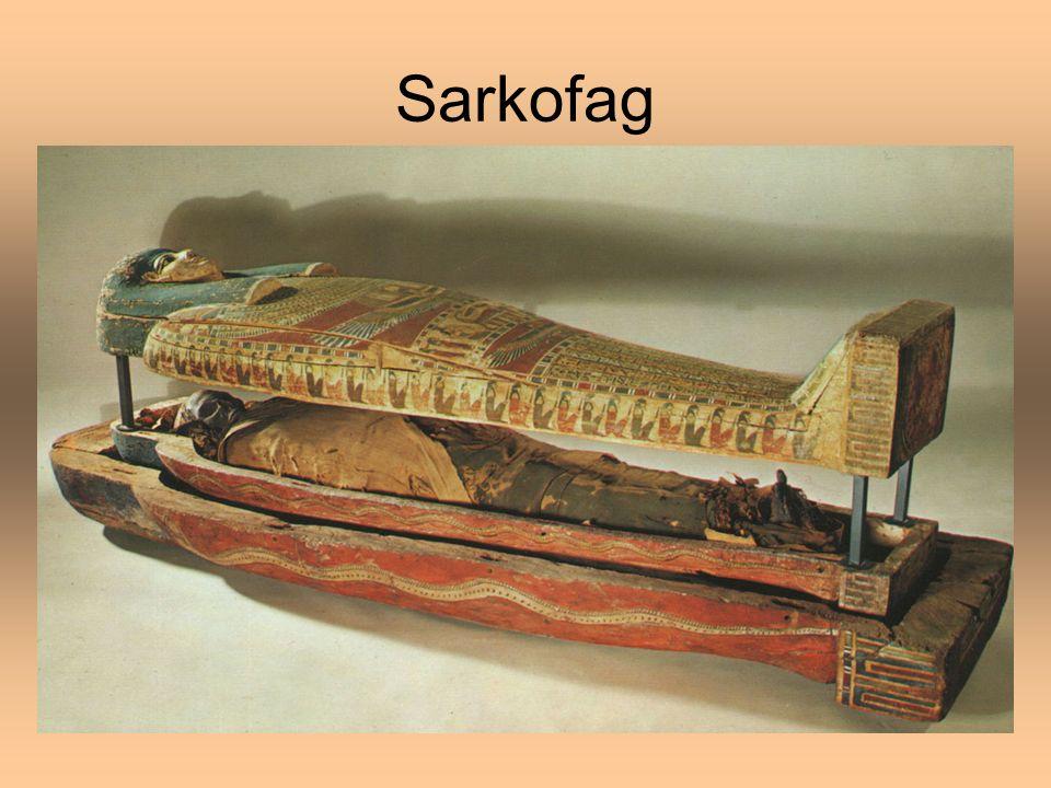 Sztuka egipska Kultura starożytnego Egiptu rozwijała się ok.