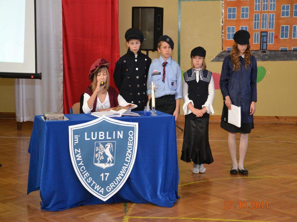 I miejsce w konkursie literackim Szkoła moich marzeń Weronika Gniaź – klasa III MOJA SZKOŁA Moja szkoła jest jak wiosna Zawsze ciepła i radosna.