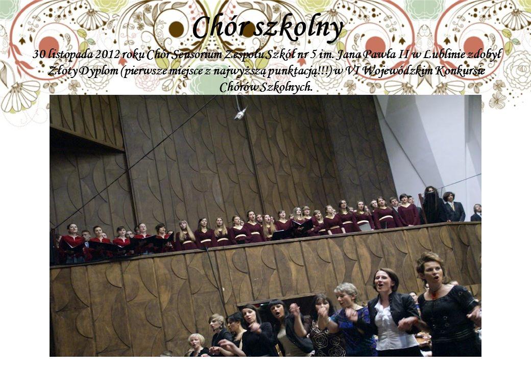 Chór szkolny 30 listopada 2012 roku Chór Sensorium Zespołu Szkół nr 5 im.