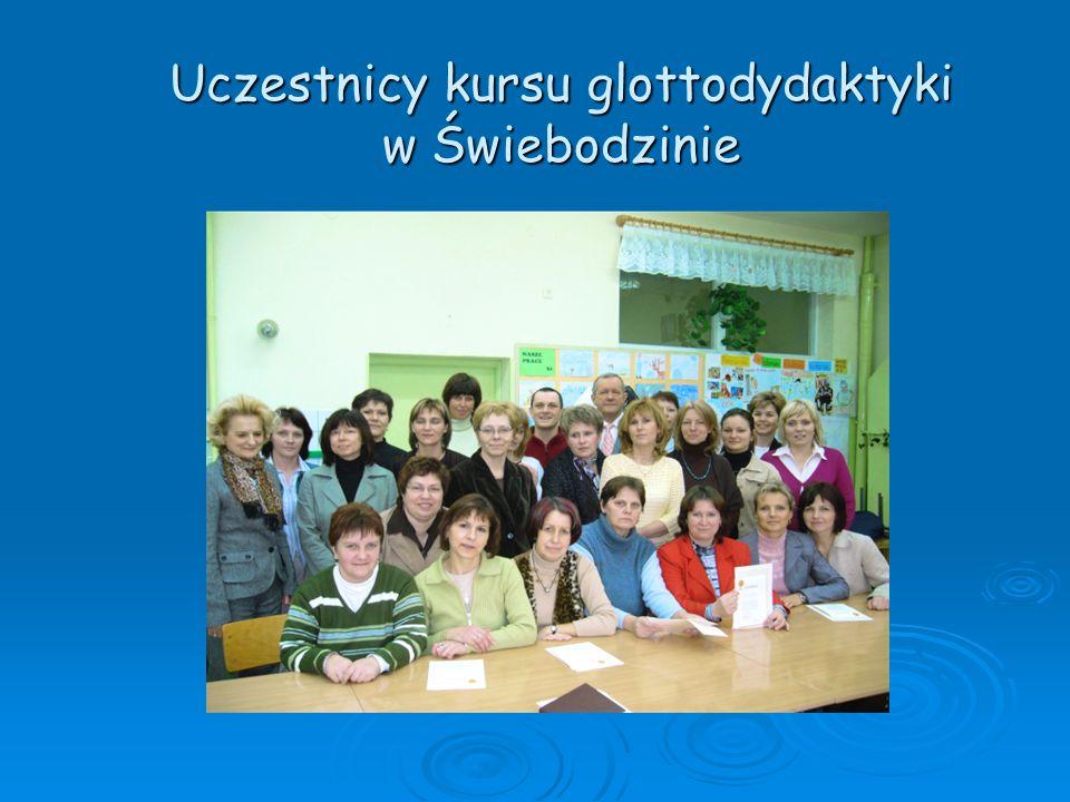 Uczestnicy kursu glottodydaktyki w Świebodzinie