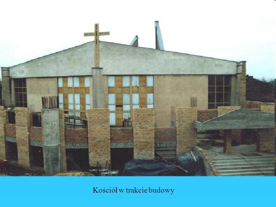 Kościół w trakcie budowy