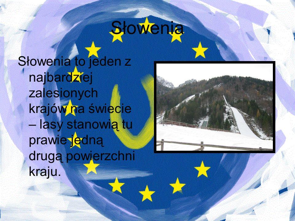 Słowenia Słowenia to jeden z najbardziej zalesionych krajów na świecie – lasy stanowią tu prawie jedną drugą powierzchni kraju.