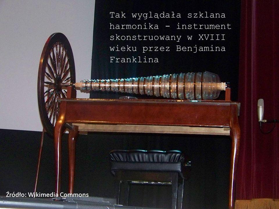Tak wyglądała szklana harmonika - instrument skonstruowany w XVIII wieku przez Benjamina Franklina Źródło: Wikimedia Commons