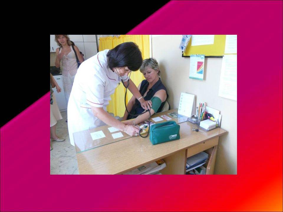 Zaproponowaliśmy rodzicom pomiar ciśnienia, wagi i wzrostu oraz obliczenia BMI w gabinecie pielęgniarki na jednym ze spotkań z wychowawcami.