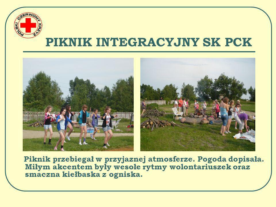 PIKNIK INTEGRACYJNY SK PCK Wolontariusze wykazali się dużą umiejętnością w zakresie udzielania pierwszej pomocy oraz wiedzą w konkursie z zakresu działalności PCK.