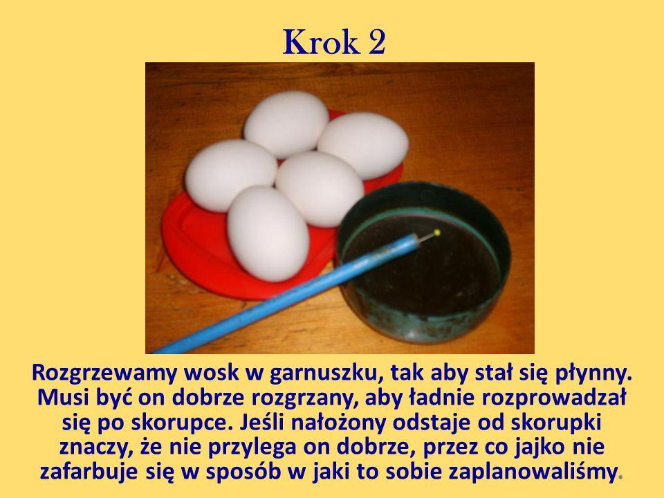 Krok 3 Planujemy wzór na jajku oraz kolejne warstwy kolorów.
