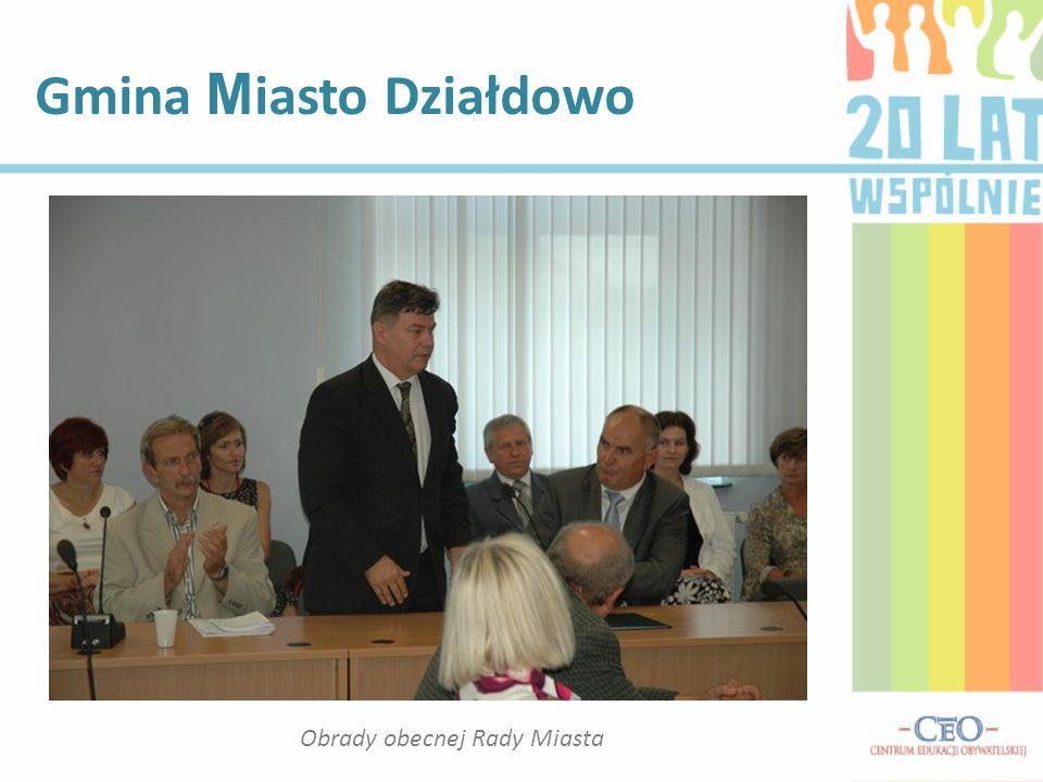Fragment wywiadu z p.Zdzisławem Karaszewskim Sesje Rady odbywały się około raz na trzy miesiące.