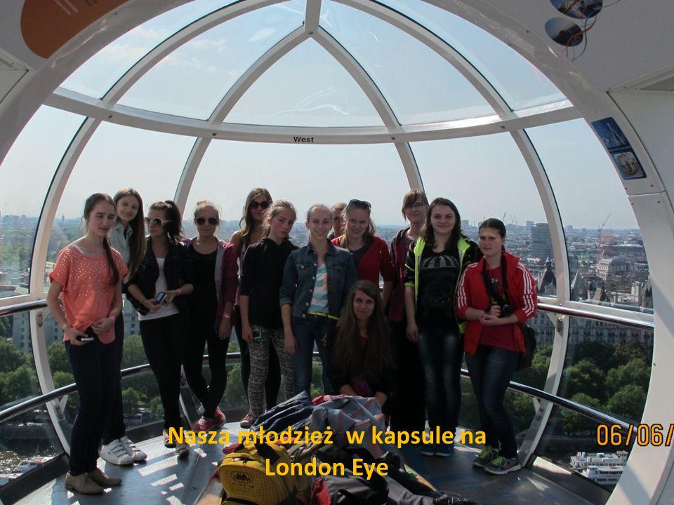 Nasza młodzież w kapsule na London Eye