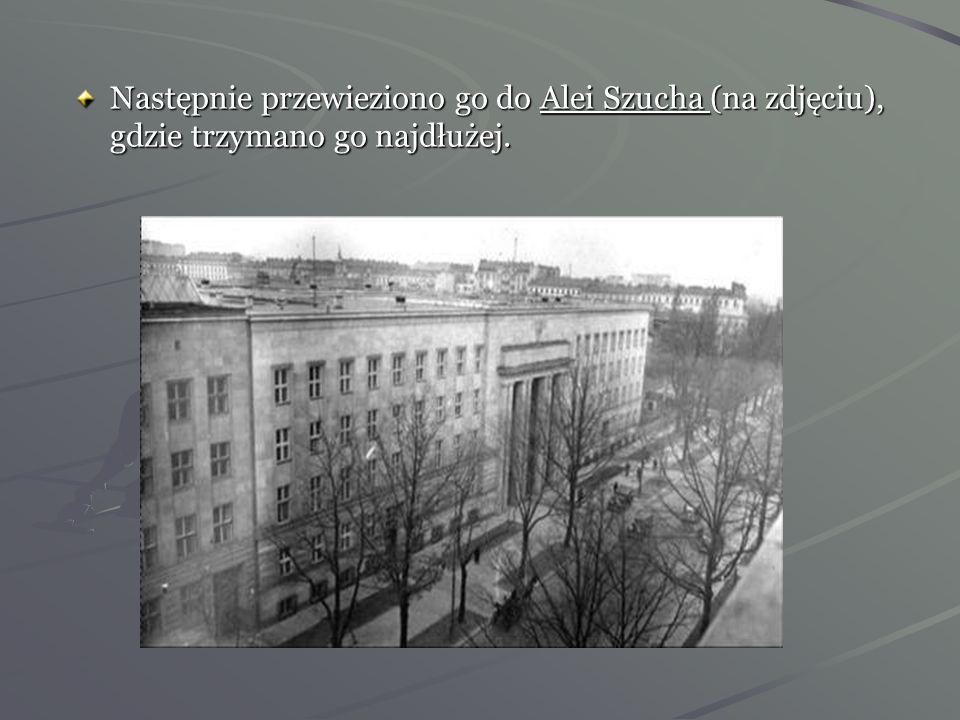 Dnia 26 marca 1940 roku obiegła Warszawę wieść, że Janusz Kusociński został aresztowany. Najpierw zawieziono go do więzienia na Rakowiecką. Trzymano g