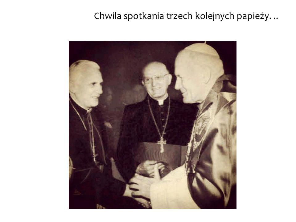 Chwila spotkania trzech kolejnych papieży...