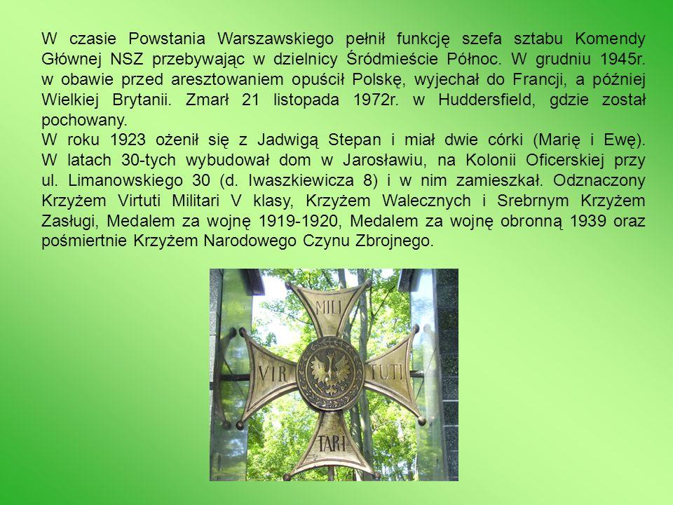W recenzji książki umieszczonej na łamach Rzeczpospolitej dnia 14 września 2004 roku Andrzej Nowak pisze, że powieść Lament nad Babilonem jest próbą odtworzenia losów jednego człowieka, w których skupia się to, co wielkie właśnie, i to, co okrutne w dziejach Polski.