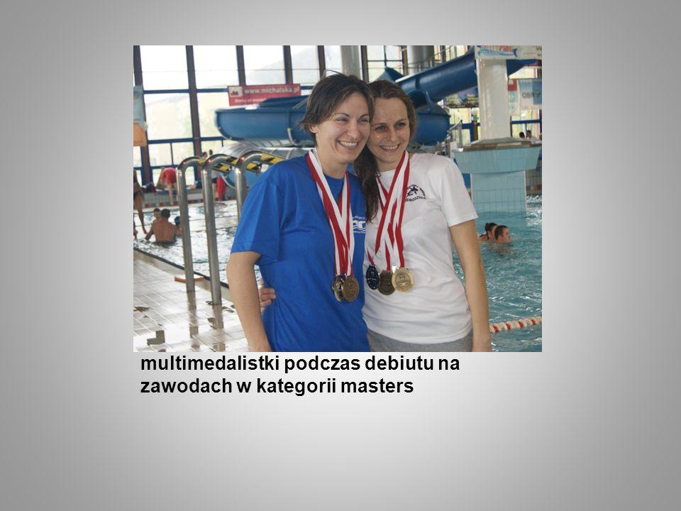 multimedalistki podczas debiutu na zawodach w kategorii masters