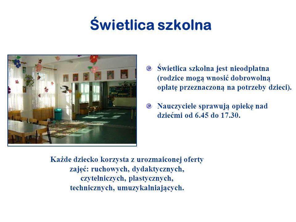 Ś wietlica szkolna - pomieszczenia W świetlicy dzieci przebywają w 3 salach urządzonych estetycznie, bezpiecznie i funkcjonalnie.