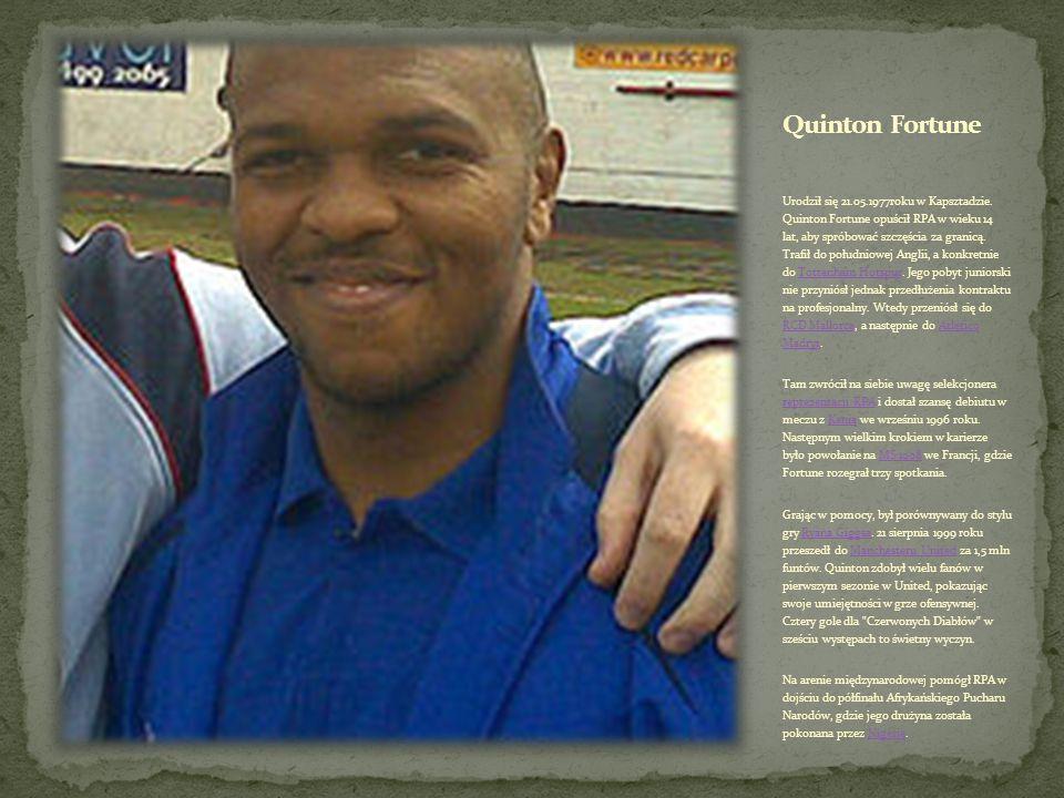 Urodził się w 25.11.1977 roku w Durbanie. MacBeth Sibaya zawodową karierę rozpoczynał w węgierskim zespole III. Kerületi TUE. Wcześniej jako junior tr