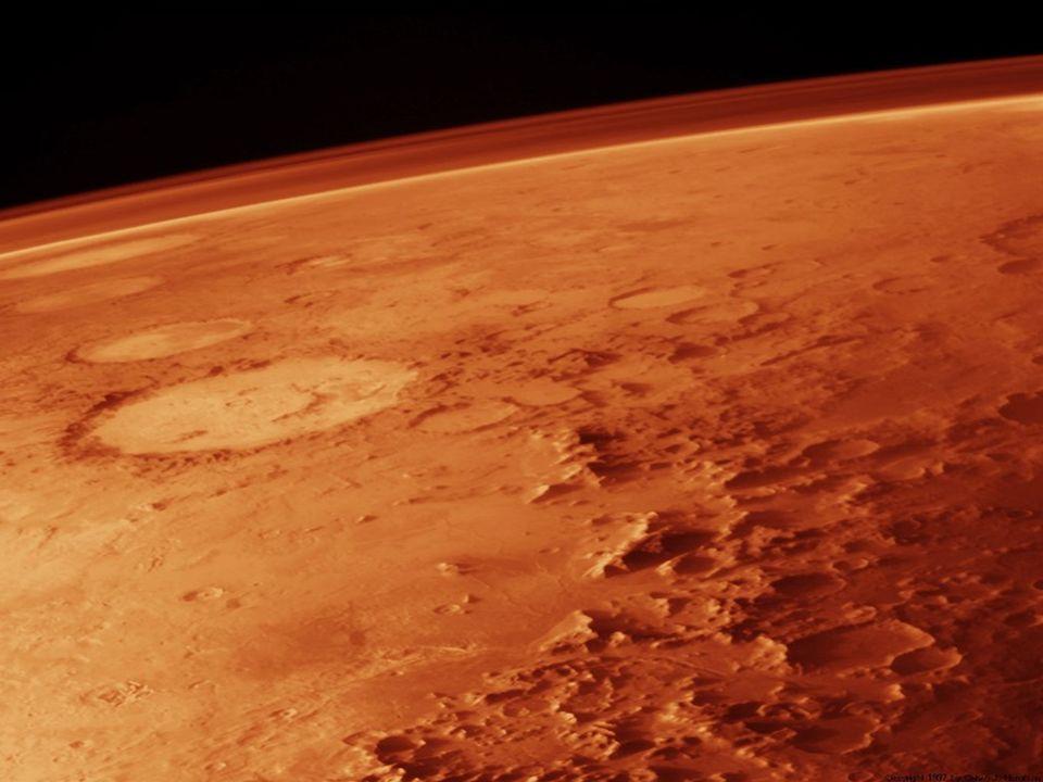 Geologia Najbardziej prawdopodobna teoria, dotycząca budowy czerwonej planety głosi, że składa się ona ze stałego jądra o promieniu ok.