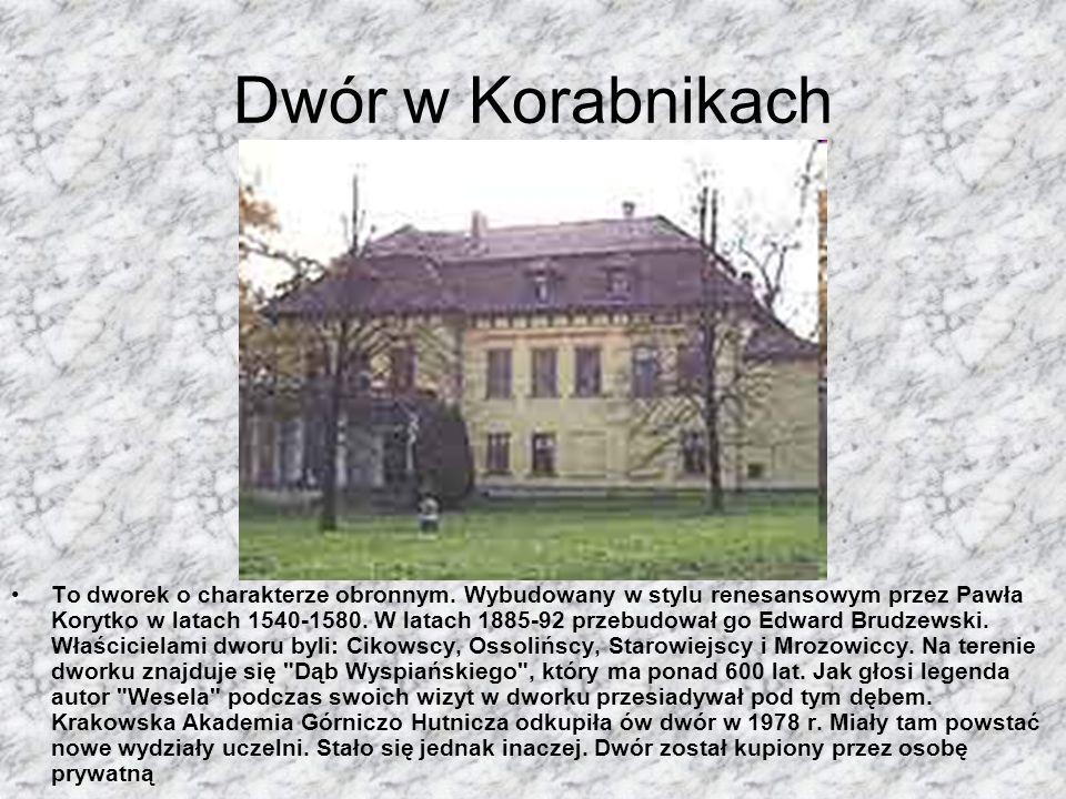Pałacyk Sokół Powstał na miejscu zamku wzniesionego przez Kazimierza Wielkiego. Wybudowany w latach 1904-1906 z inicjatywy Towarzystwa Gimnastycznego