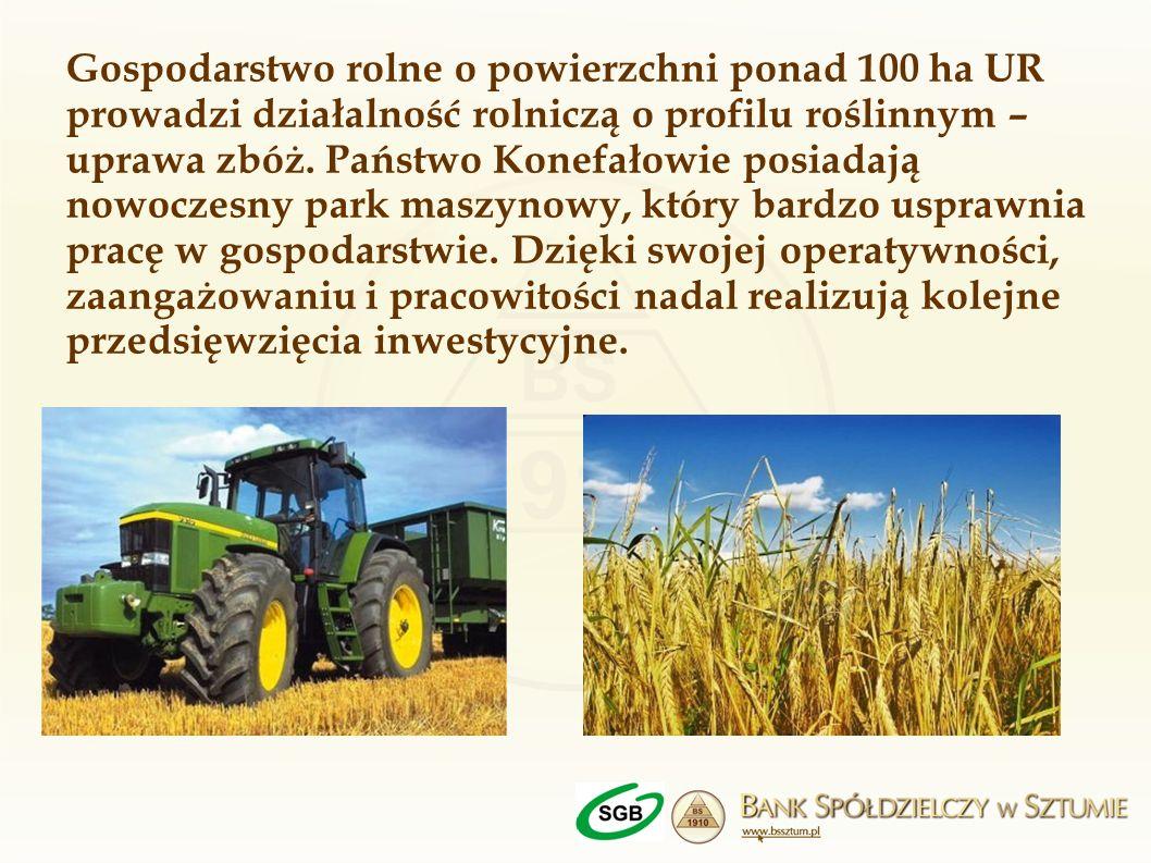 Gospodarstwo rolne o powierzchni ponad 100 ha UR prowadzi działalność rolniczą o profilu roślinnym – uprawa zbóż. Państwo Konefałowie posiadają nowocz