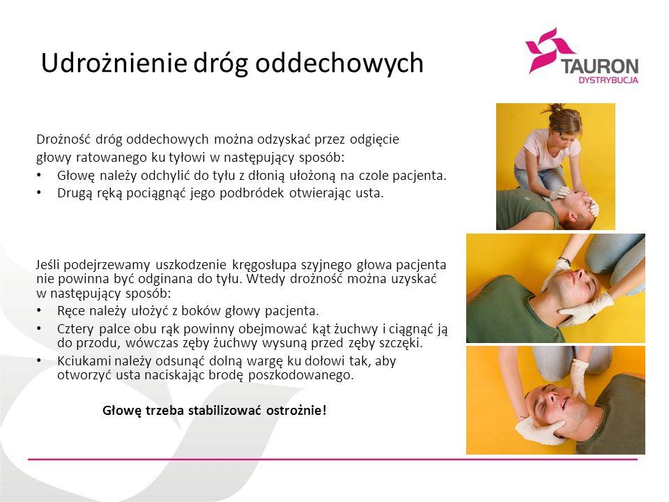 Resuscytacja krążeniowo-oddechowa Jeżeli wykonany pierwszy oddech ratowniczy nie powoduje uniesienia się klatki piersiowej jak przy normalnym oddychaniu, należy wykonać następujące czynności: -Sprawdzić jamę ustną poszkodowanego i usunąć widoczne ciała obce, -Sprawdzić, czy odgięcie głowy i uniesienie żuchwy są poprawnie wykonane, -Wykonać nie więcej niż 2 próby wentylacji za każdym razem, zanim ponowione zostanie uciskanie klatki piersiowej.