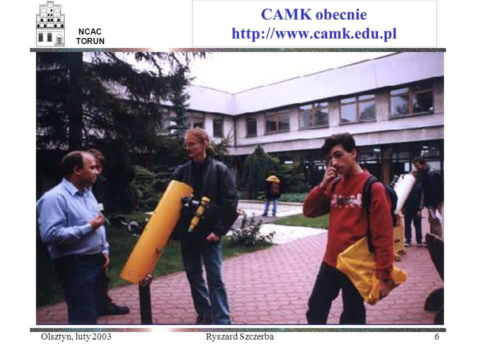 Olsztyn, luty 2003Ryszard Szczerba27 Kometa Hale-Bopp i gwiazda z dyskiem proto-planetarnym NCAC TORUN ISO odkryło emisje charakterystyczne dla krzemianów krystalicznych (oliwin, pyroksen) zarówno z dysków proto-planetarnych jak też i z komety Hale-Bopp