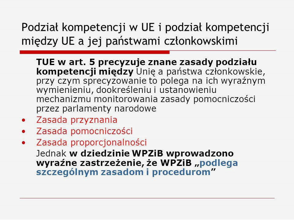 Prawo UE a konstytucje państw członkowskich Solange I (1974 r.): wg FTK pierwszeństwo wspólnotowych aktów prawa wspólnotowego nie będzie uznawane bezwarunkowo, ale będą podlegać kontroli FTK co do zgodności z niemiecką konstytucją dopóki Wspólnota nie wypracuje własnych gwarancji ochrony praw podstawowych Solange II (1986 r.): FTK stwierdził, że wspólnotowy system ochrony praw podstawowych jest już wystarczający, więc Niemcy będą uznawać pierwszeństwo prawa wspólnotowego dopóki ta sytuacja będzie się utrzymywać Lissabon (2009): FTK wyznacza granice integracji wskazując na nienaruszalną konstytucyjną tożsamość p.czł.