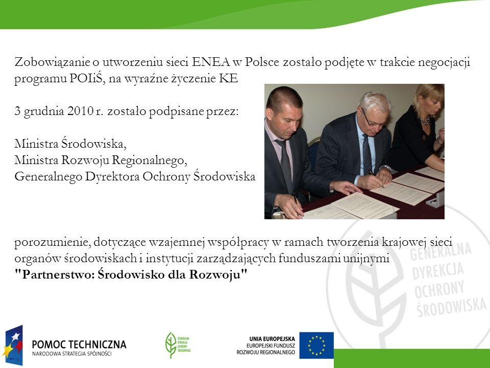 Komisja uważa, że: nadal występują problemy z przepisami prawnymi z zakresu ochrony środowiska oraz integracji związanych z nią zagadnień z zarządzaniem oraz monitorowaniem programów i projektów.