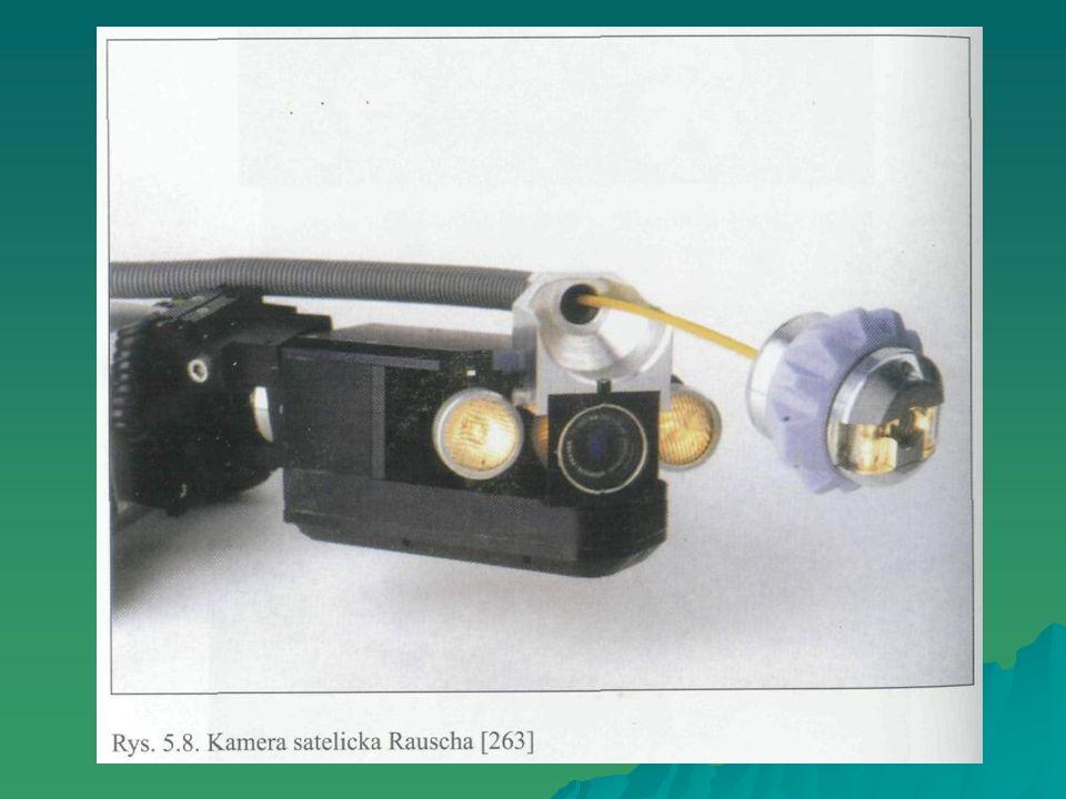 Wykonanie badania: po 28 dniach twardnienia ułożenie próbek w naczyniu wannowym, tak aby poziom wody nie przekraczał 200 mm, a podstawa nie stykała się z dnem naczynia (podpórki 10 mm), ułożenie próbek w naczyniu wannowym, tak aby poziom wody nie przekraczał 200 mm, a podstawa nie stykała się z dnem naczynia (podpórki 10 mm), wlanie wody do poziomu równego połowie wysokości próbek (temp.