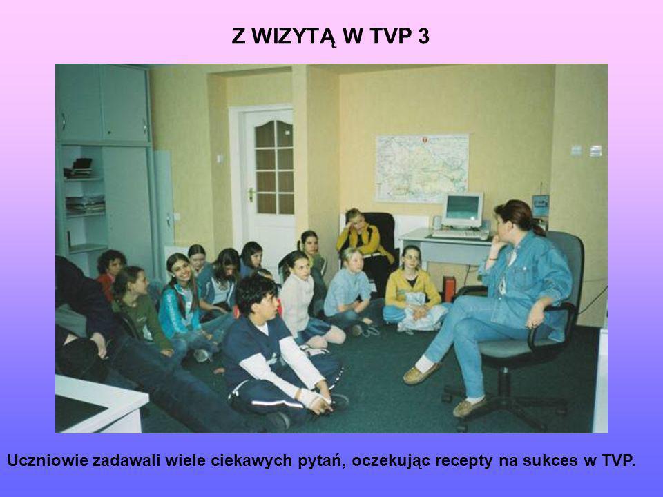 Uczniowie zadawali wiele ciekawych pytań, oczekując recepty na sukces w TVP. Z WIZYTĄ W TVP 3