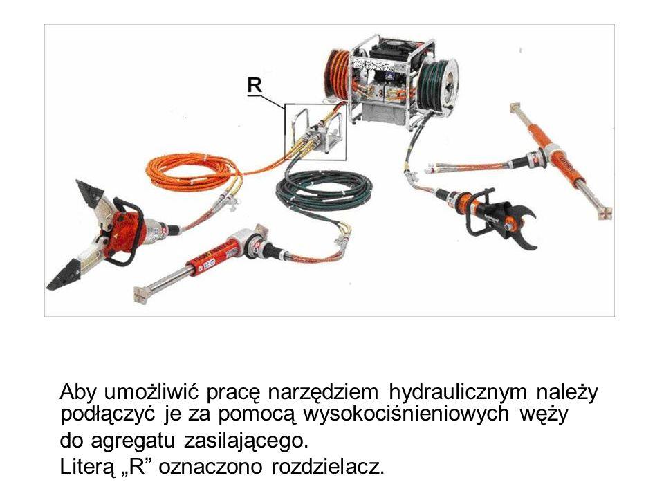 Aby umożliwić pracę narzędziem hydraulicznym należy podłączyć je za pomocą wysokociśnieniowych węży do agregatu zasilającego.