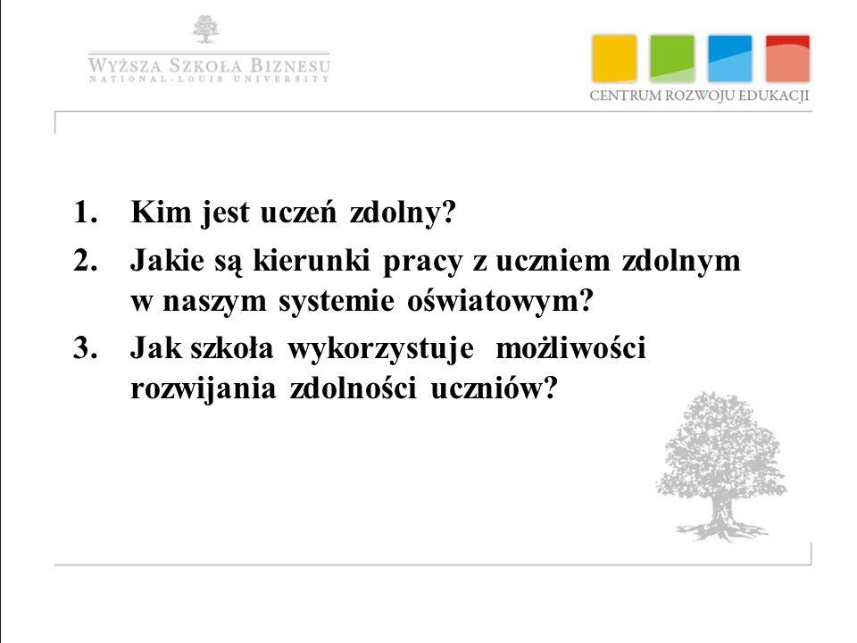 PROBLEMY DO ROZWIĄZANIA Brak spójnych, systemowych rozwiązań w zakresie pracy z uczniem zdolnym w polskim systemie oświaty Brak systemu identyfikowania uzdolnień uczniów z uwzględnieniem jednostek oświatowych i poradni psychologiczno-pedagogicznych Słaby stopień wykorzystania przez szkoły możliwości stwarzanych przez prawo oświatowe ( indywidualny tok nauki, indywidualny program nauczania, systemy stypendialne) Brak wsparcia psychologiczno-pedagogicznego dla uczniów zdolnych Niewystarczające przygotowanie i aktywność nauczycieli, kadry kierowniczej, samorządów lokalnych i nadzoru pedagogicznego w zakresie wyłaniania uczniów zdolnych i opieki nad nimi; potrzeba włączenia środowisk akademickich w działania na rzecz uczniów zdolnych Niewystarczające powiązanie oferty edukacyjnej z potrzebami rynku pracy Niski odsetek uczniów uzyskujących najwyższe wyniki w badaniach PISA i na egzaminach zewnętrznych, różnice w wynikach na niekorzyść uczniów ze środowisk wiejskich i z małych miast; słabsze wyniki w obszarze twórczego myślenia