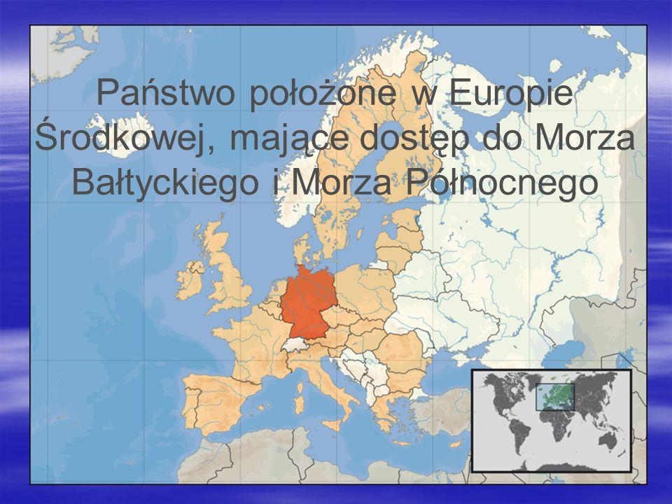 Republika Federalna Niemiec składa się z 16 krajów związkowych (landów) 1) Baden-Württemberg (Badenia- Wirtembergia) 2) Bayern (Bawaria) 3) Berlin (Berlin) 4) Brandenburg (Brandenburgia) 5) Bremen (Brema) 6) Hamburg (Hamburg) 7) Hessen (Hesja) 8) Mecklenburg-Vorpommern (Meklemburgia-Pomorze Przednie) 9) Niedersachsen (Dolna Saksonia) 10) Nordrhein-Westfalen (Nadrenia Północna-Westfalia) 11) Rheinland-Pfalz (Nadrenia- Palatynat) 12) Saarland (Saara) 13) Sachsen (Saksonia) 14) Sachsen-Anhalt (Saksonia- Anhalt) 15) Schleswig-Holstein (Szlezwik- Holsztyn) 16)Thüringen (Turyngia)