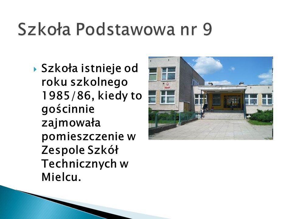Szkoła istnieje od roku szkolnego 1985/86, kiedy to gościnnie zajmowała pomieszczenie w Zespole Szkół Technicznych w Mielcu.