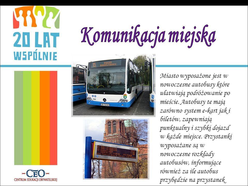 Miasto wyposażone jest w nowoczesne autobusy które ułatwiają podróżowanie po mieście. Autobusy te mają zarówno system e-kart jak i biletów, zapewniają