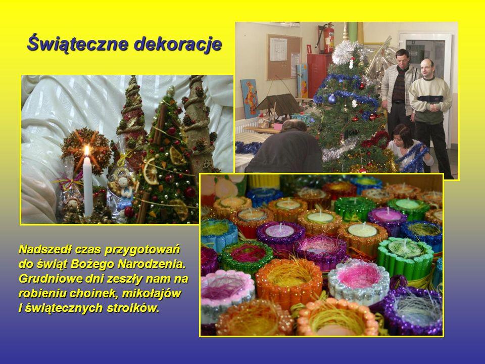 Świąteczne dekoracje Nadszedł czas przygotowań do świąt Bożego Narodzenia.