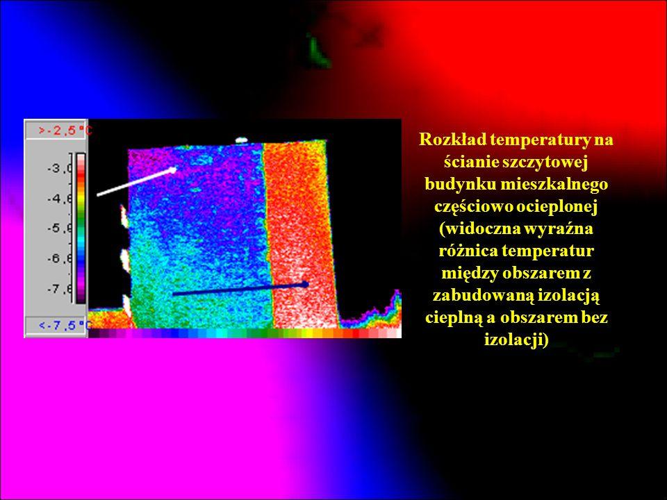 Rozkład temperatury na ścianie szczytowej budynku mieszkalnego częściowo ocieplonej (widoczna wyraźna różnica temperatur między obszarem z zabudowaną