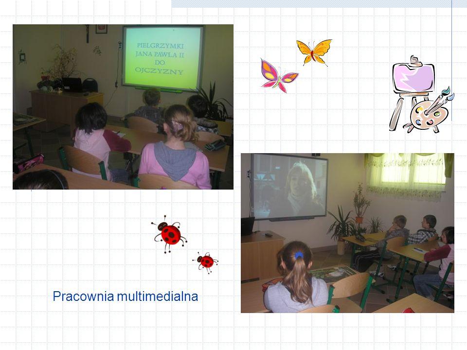 Pracownia komputerowa Biblioteka szkolna z centrum multimedialnym