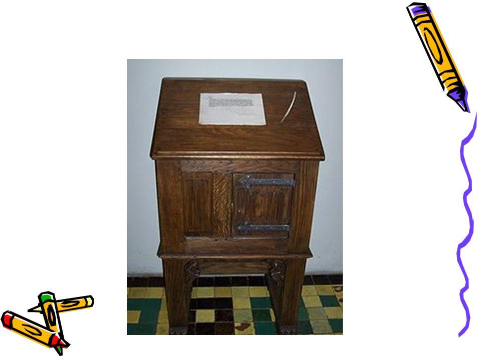Komputer kieszonkowy – mały, przenośny komputer osobisty.