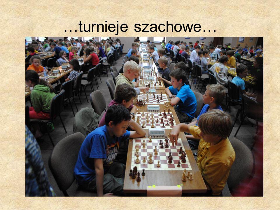 …turnieje szachowe…