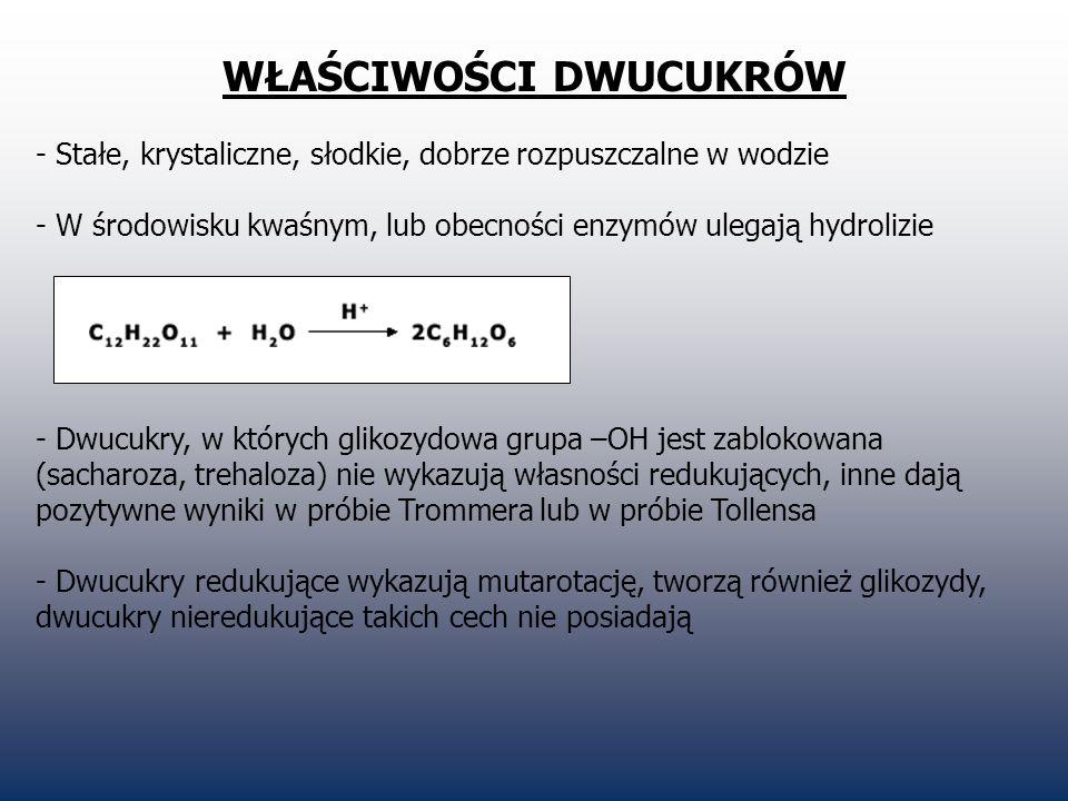 PRODUKCJA CUKRU 1.Przywóz buraków do cukrowni W Polsce ze względu na klimat i dużą ilość opadów buraki cukrowe mają zapewnione bardzo dobre warunki wzrostu, objawia się to w postaci dużej masy samych roślin.