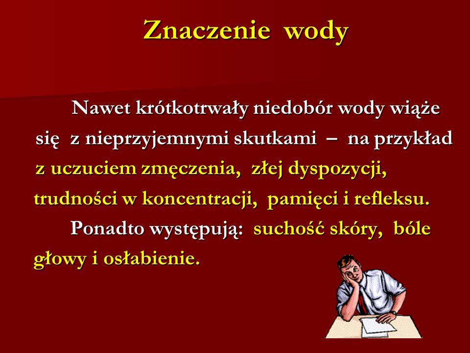 Polacy wciąż najchętniej piją to, co kolorowe, gazowane i słodkie.