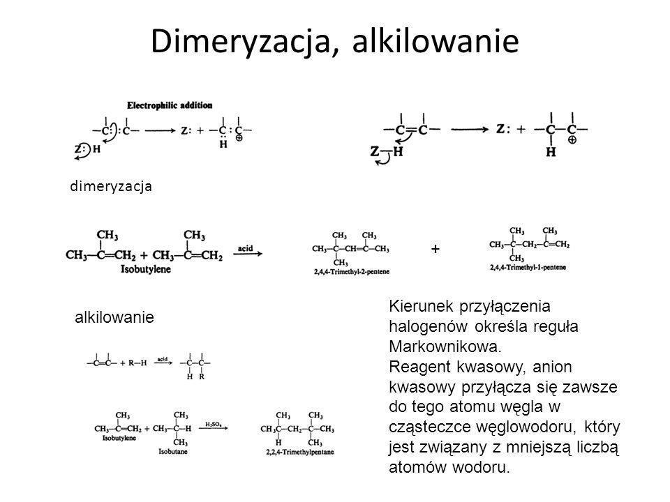 Mechanizm nitrowania Mechanizm ten obejmuje następującą sekwencję reakcji: (1) Zasada kwas jon nitroniowy HONO 2 ulega normalnej jonizacji H + + NO 3 - a w obecności H 2 SO 4 HO - + NO 2 + W tym etapie jon nitroniowy jest właściwym czynnikiem atakującym pierścień