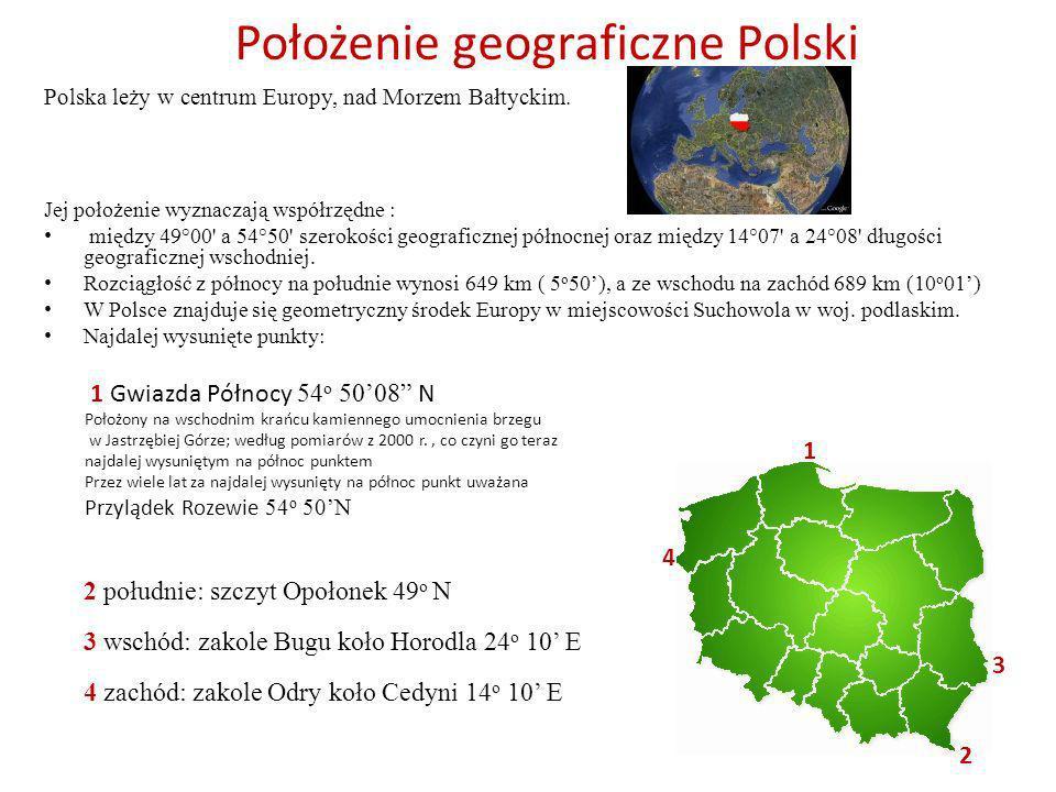 Położenie geograficzne Polski Polska leży w centrum Europy, nad Morzem Bałtyckim. Jej położenie wyznaczają współrzędne : między 49°00' a 54°50' szerok