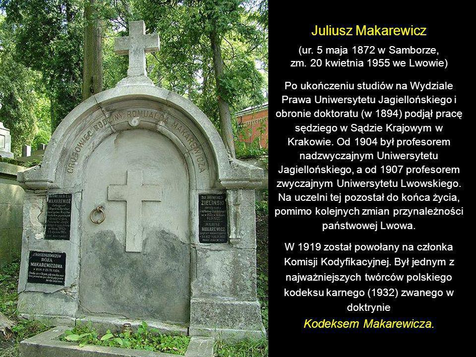 Pomnik na grobie Piotra Krzeczunowicza (1819-1887), znanego chirurga, jego żony Anny (1835-1907) i ich syna Włodzimierza (1862-1925), również lekarza.